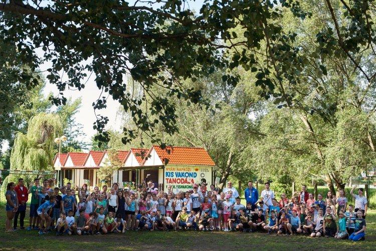 Megkezdődött a Kis Vakond Gyermektábor 28. idénye – Hét turnusban várják a gyerekeket