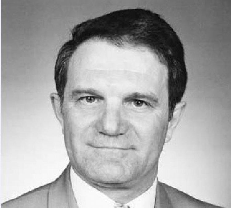 Elhunyt dr. Farkas László nyugalmazott igazgató, korábbi önkormányzati képviselő