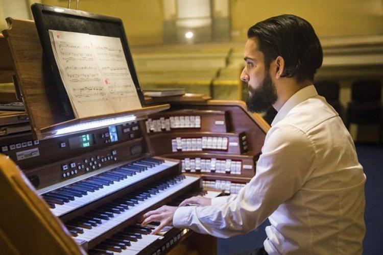 Mészáros Zsolt Máté orgonaművész  hangversenye Nyíregyházán