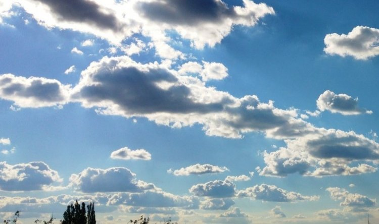 Felhők takarhatják a napot, de eső nem lesz – Ilyen időjárásra számíthatunk