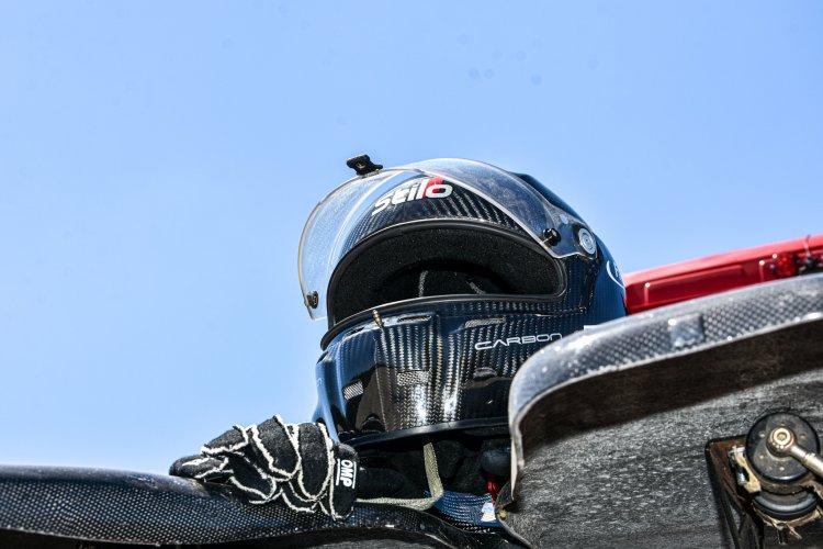 Teszt - Kiss Norbi kipróbálta a Révész Truck Racing Team versenykamionját