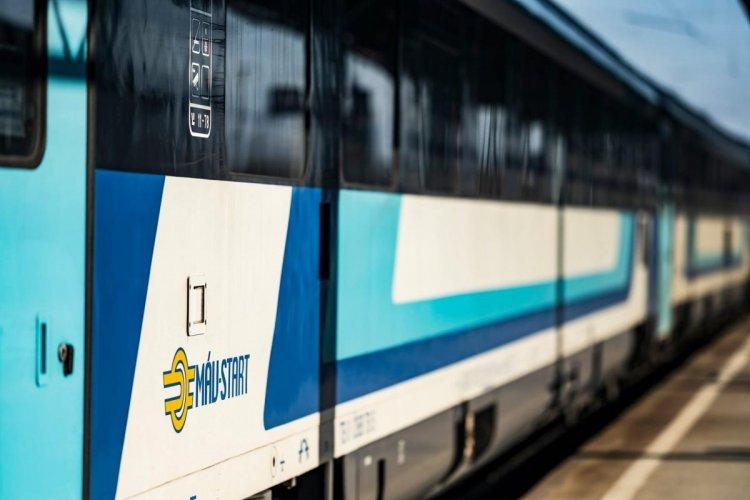 MÁV: átmenetileg szünetel a nemzetközi személyszállítás Szerbia és Magyarország között