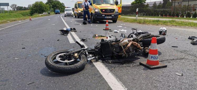 Életét vesztette a Tiszavasvári úton balesetező motoros  – Megrázó helyszíni felvételek