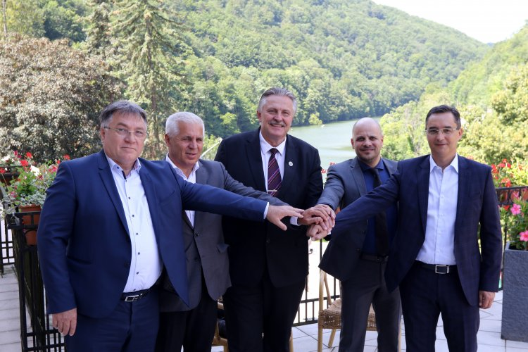 Ezúttal Miskolcon tanácskoztak az északkelet-magyarországi nagyvárosok polgármesterei