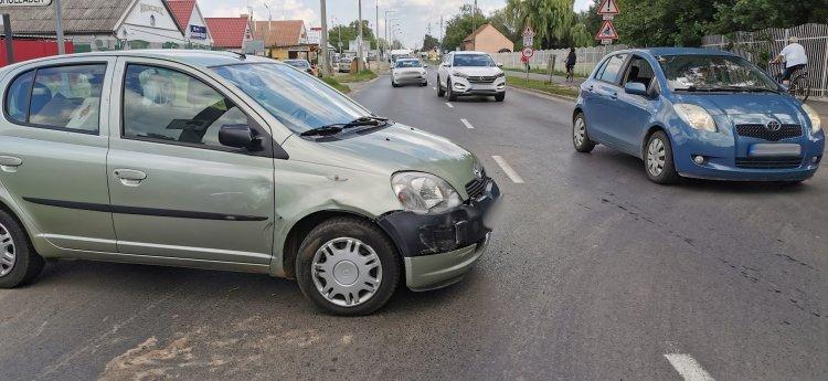 Jelentős az anyagi kár a kedd délután Kállói úton történt balesetben