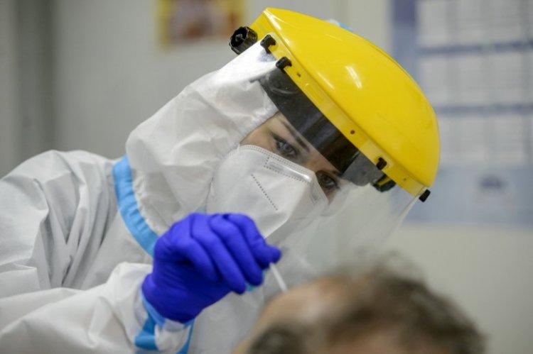 Szombattól a Magyarországra érkezők fizetik a PCR-tesztet