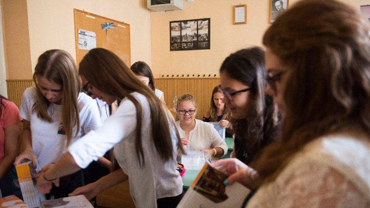 Így készülnek az iskolák a járványügyi előírások betartására