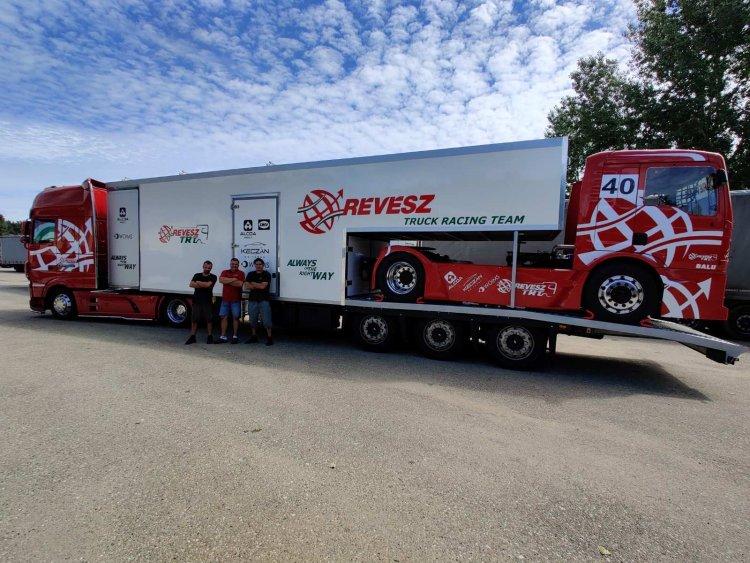 Kiss Norbi elindult Csehországba - Nyíregyházi kamionnal harcol a győzelemért