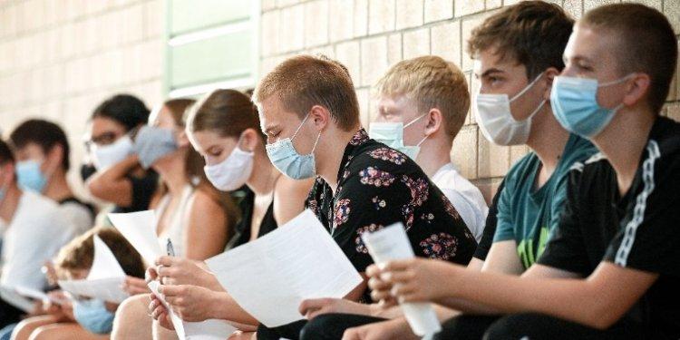 Országszerte járványügyi intézkedésekkel készülnek a tanévnyitóra