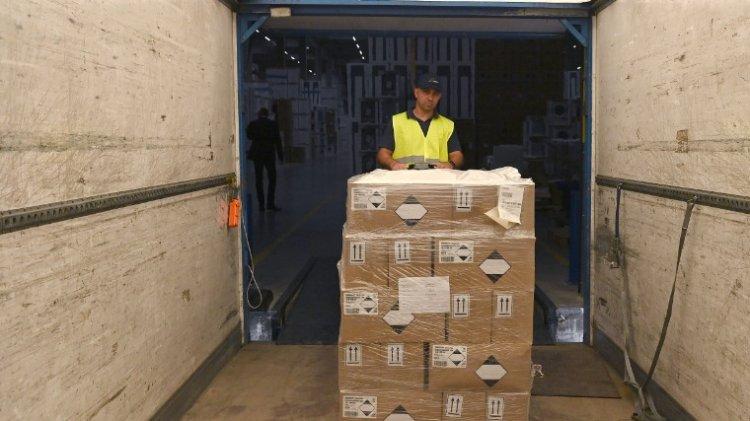 Több százezer csomag fertőtlenítőszert kaptak az iskolák