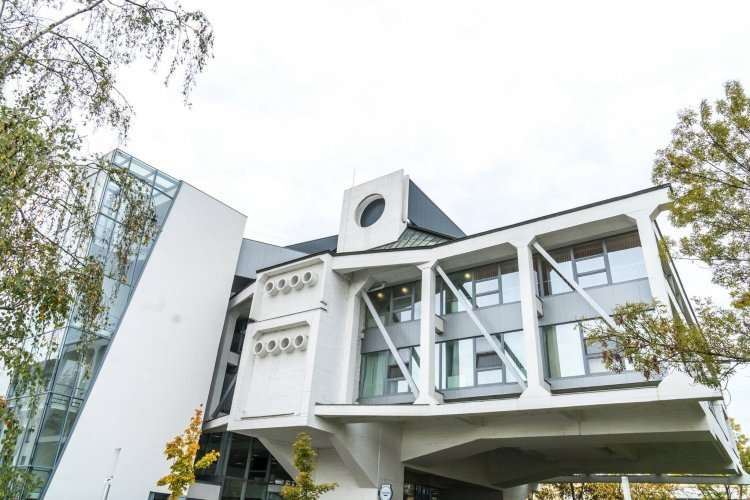 Szombattól kötelező a védőmaszk használata a Váci Mihály Kulturális Központ területén