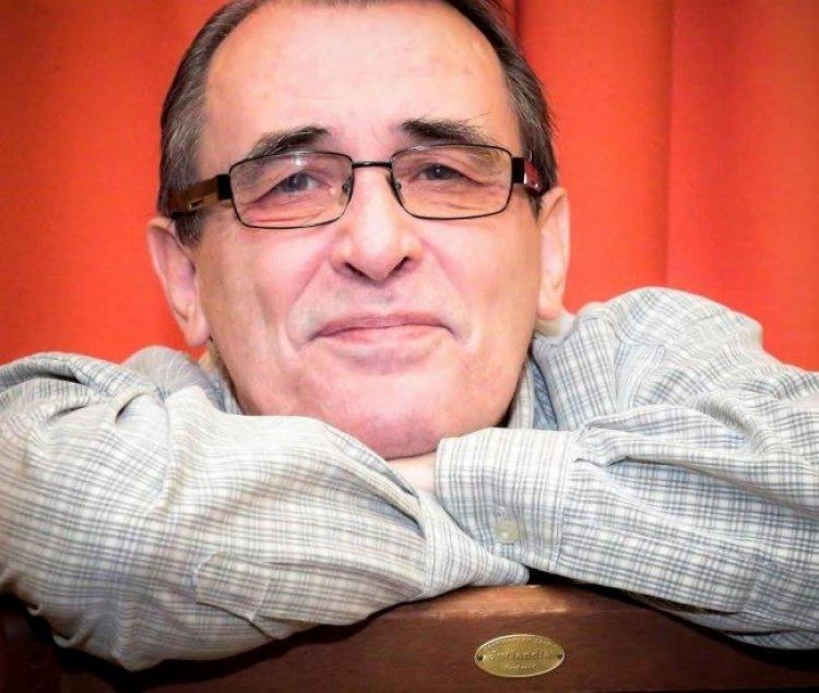 Illyés Péter előadóművész önálló estje a Móricz Zsigmond könyvtárban