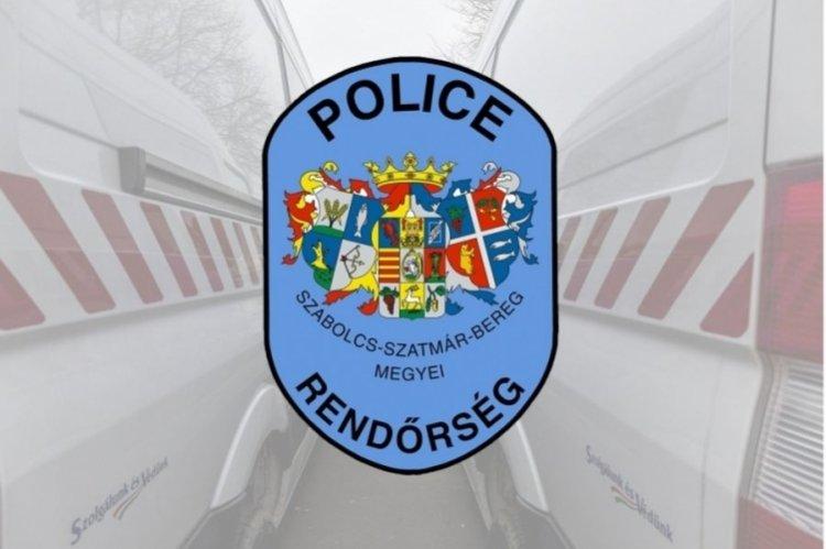Lezárt autóból mentettek ki egy fiatal lányt a nyíregyházi rendőrök