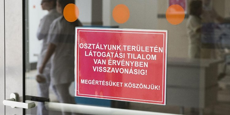 Látogatási tilalom lépett érvénybe minden szociális intézményben