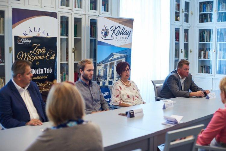 Koncert a Kállay-házban – A TanBorEn Trió ad koncertet a Zenés Múzeumi Esten