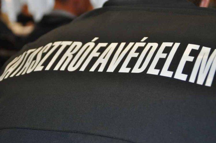 Vízelvezető árokba esett csütörtök este egy kerékpározó férfi Nyíregyházán, a Pazonyi úton