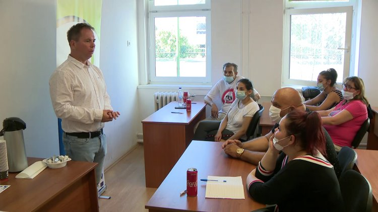 Segítség vállalkozás indításához – Ingyenes képzés a Család és KarrierPONT szervezésében