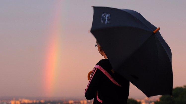 Országos Meteorológiai Szolgálat: nem árt, ha magunkkal visszük az esernyőt