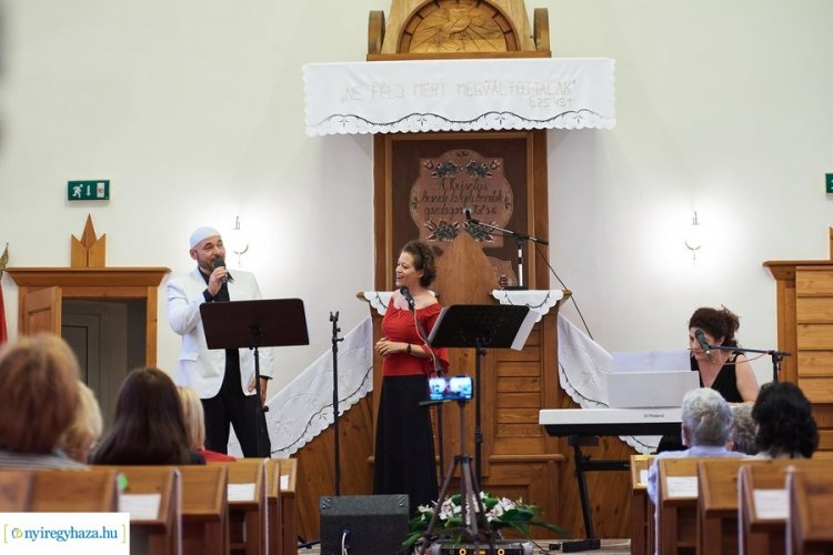 A lélek hangjai -Vallásközi koncertet tartottak Sóstón a Millenniumi Református Templomban