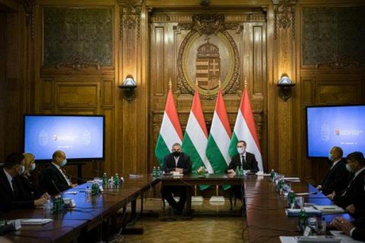 Orbán Viktor: hat hónappal meghosszabbítja a kormány a hitelmoratóriumot