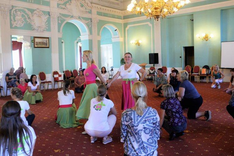 Szombaton táncra perdültek a pedagógusok a szabolcsi megyeszékhelyen!