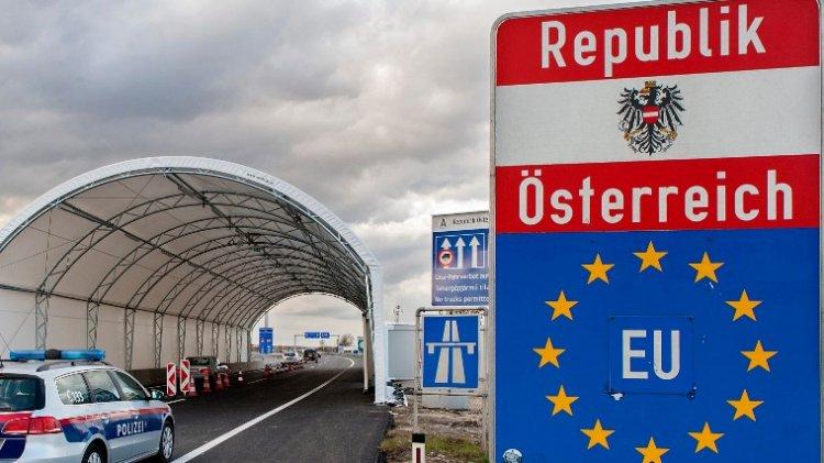 Két határátkelő nyílt meg hétfőn a magyar-osztrák határon