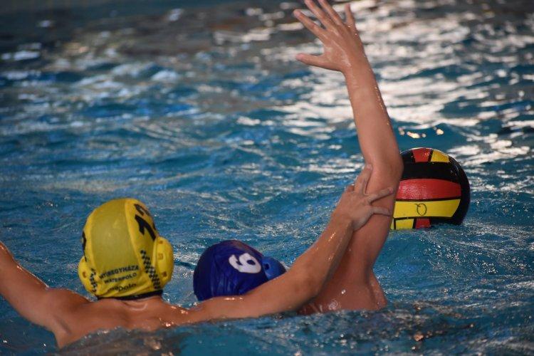 Vízilabda OB - Az Aqua SE több korosztályos csapata is játszott