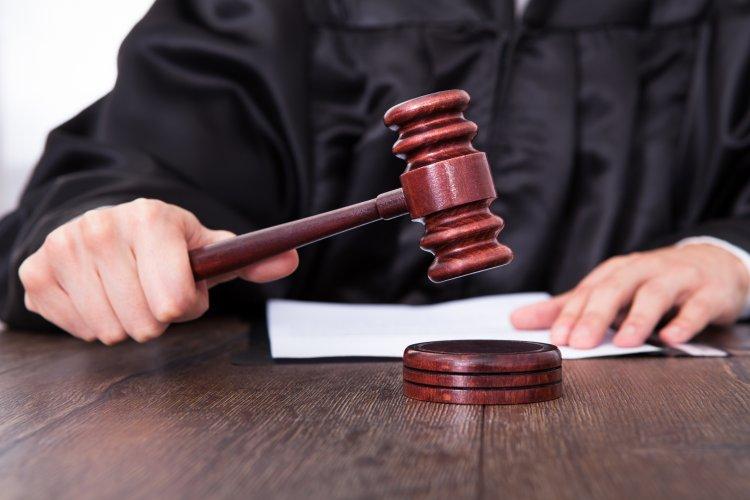 Újabb védelmi intézkedések a megye bíróságain – Kötelező a maszk és a 2 méteres távolság