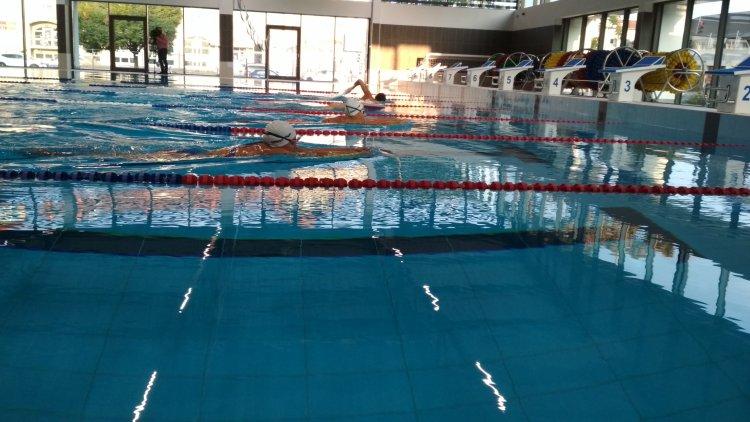 Először az új medencében - Kipróbálhatták az új uszodát a Sportcentrum versenyzői