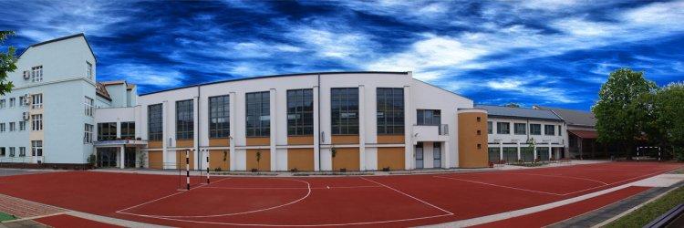 Kettős jubileumot ünnepel a Jókai Mór Református Általános Iskola