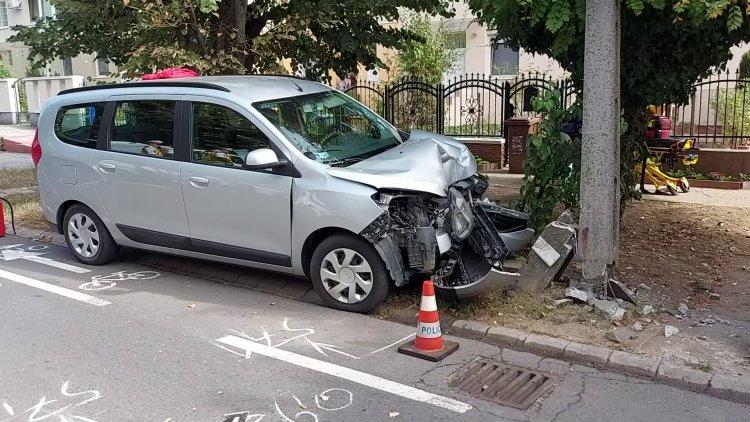 Tragikus baleset a Fészek utcán – Hiába próbálták újraéleszteni a sofőrt, nem élte túl