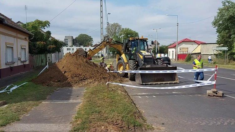 Csütörtökig várható forgalomkorlátozás a 41-esen: munkálatokat végez a Nyírségvíz