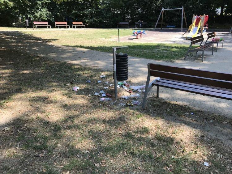A NyírVV mindent megtesz azért, hogy városunk játszóterei és parkjai tiszták legyenek