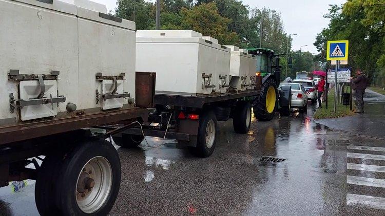 Két baleset is lassította a forgalmat a hétfő délutáni esős időben