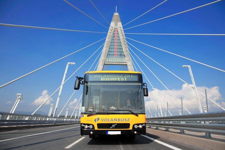 Volánbusz: biztonságosabb telefonon megvenni a buszjegyét, bérletét