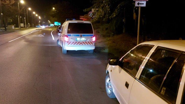 Figyelmetlenül kanyarodó sofőr okozott balesetet a Tiszavasvári úton