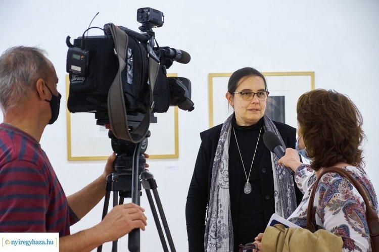Kiragadott történetek – Grafikai kiállítás a Városi Galériában