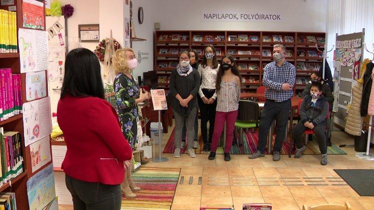 Az unikornisok és a sárkányok – Fogalmazási verseny a Vécsey utcai fiókkönyvtárban