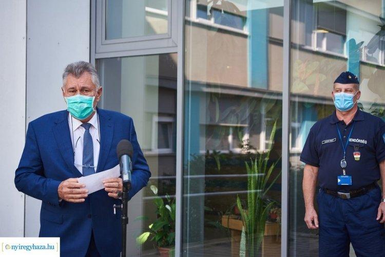 Koronavírus-fertőzés miatt kórházi ellátásra szorul a kórház főigazgatója