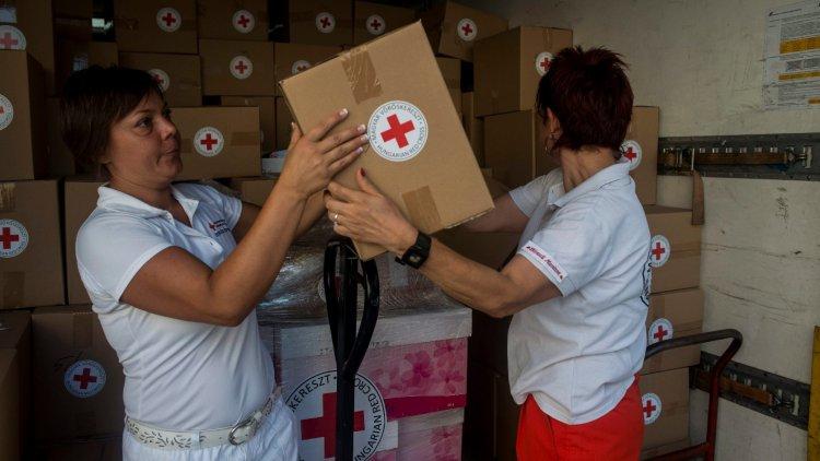 Légy önkéntes a Magyar Vöröskeresztnél, segítsd a mentők munkáját!