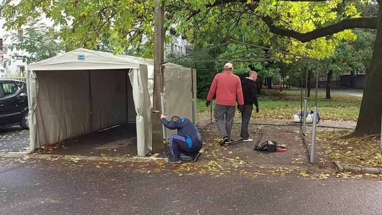 Az őszi hideg idő beálltával egyre több a sátorgarázs