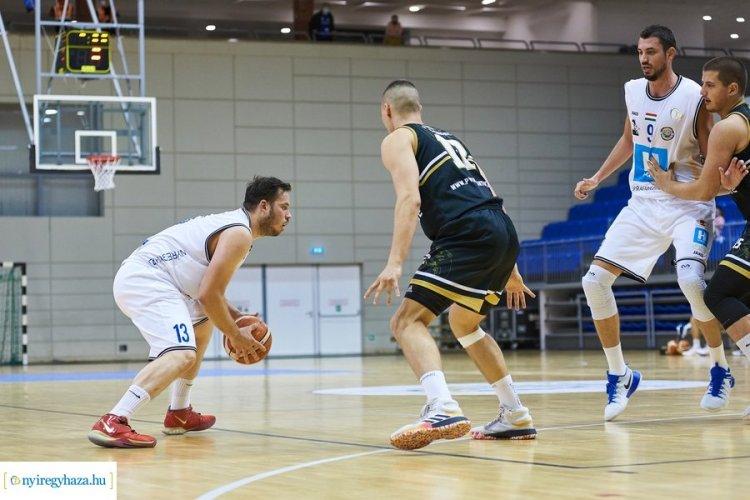 Győzelem a Salgótarján ellen - tovább menetelnek a férfi kosarasok a bajnokságban
