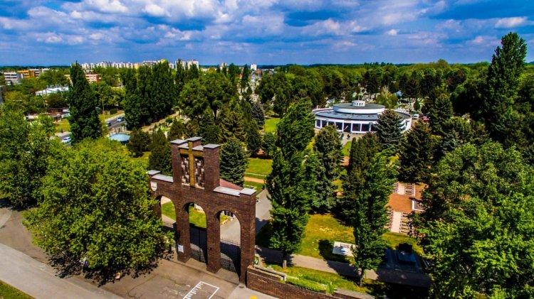 Már nem végezhető sírköves munka az Északi temetőben Nyíregyházán!