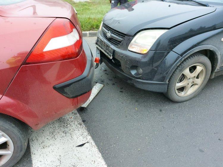 Ráfutásos baleset történt csütörtök reggel a Korányi Frigyes és Szellő utcai csomópontban