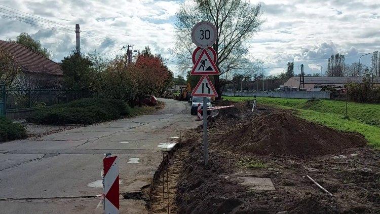 Megkezdődött a Simonyi Óbester utca felújítása, forgalomkorlátozásra kell számítani