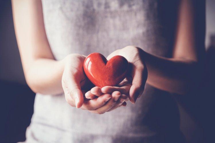 Gyászfeldolgozás – Sokat segíthetünk magunknak és másoknak, ha megértjük a folyamatát