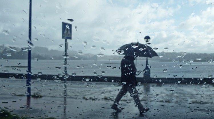 Országos Meteorológiai Szolgálat: nem árt, ha lesz nálunk esernyő