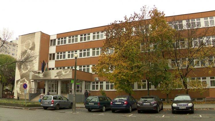 Digitális munkarendre állt át az Eötvös József Gyakorló Általános Iskola és Gimnázium