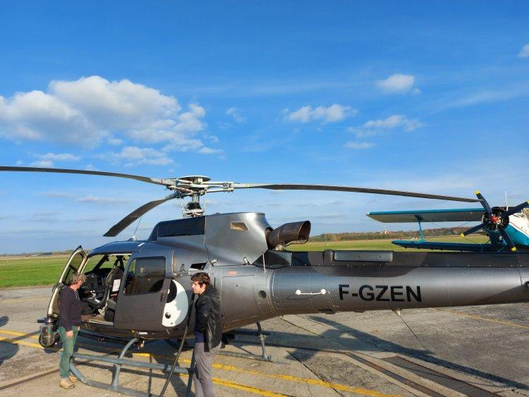 Exkluzív fotók! - Így néz ki közelről a Rallyt közvetítő helikopter
