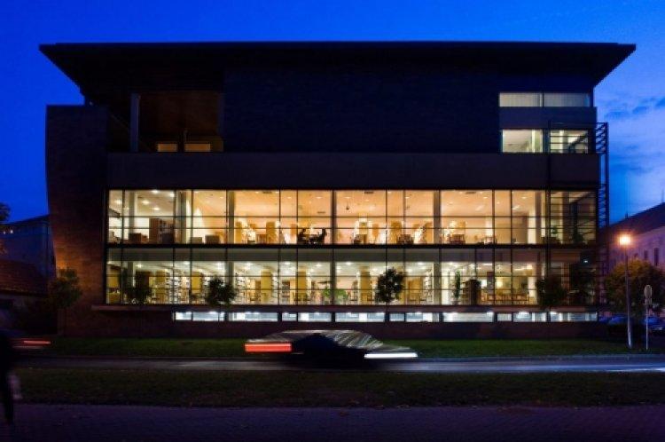 A Móricz Zsigmond Könyvtár mától csak online módon tart előadásokat
